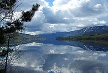 Noorwegen / Land met zijn uitgestrekte Fjordenkust, mooie wandeltochten, prachtige uitzichten, een taal waarvan je denkt dat je hem zo maar zou kunnen begrijpen...Ik ben er verliefd op geworden .....!!!