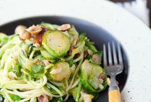 Zucchini Noodles / Zucchini Noodle Recipes