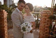 CASAMENTO MARI E RE / me casei em 11.11.17 | Fotógrafo: @thiagofariasfotos | Local: Fanny Festas e eventos | Buffet: @buffeteduardos | Bolo: @brunabastosconfeitaria | Vestido: Mãe da noiva | Terno: Gisela Horta Rigor