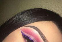 Makeup Maniac