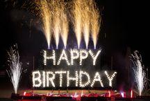 Geburtstagsfeuerwerke / Hier findet ihr Hightlights unserer #Geburtstagsfeuerwerke. Solche #Geburtstagsgeschenke sieht man nicht alle Tage.