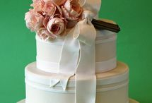 Wedding Cakes and Treats / by Pure Dymonds Events