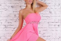Női ruha / Divatos, alkalmi ruhák