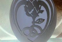 carving egg