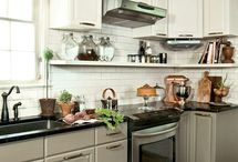 Mi Cocina / My dream kitchen... / by Kamryn Berry