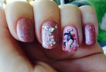 Manicures / Girly nail art