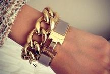 Bracelets / jewels
