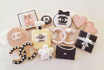 cake, cookie
