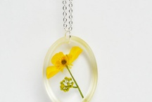 Resin Fun / Crafts, jewelry, and lots of fun with resin! / by Nikki Atkinson