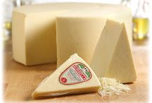 Dictionary of Italian Cheese / Romano, Pecorino, Parmesan - What's the difference? When should you eat it and how? Your answers defined.