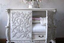 furnishings / by Jessica DaFonte