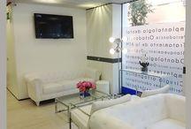 Clínica Dental Qualitas Madrid / Además de preocuparnos por tu sonrisa, en nuestra clínica dental también lo hacemos por tu comodidad. Por eso, hemos diseñado una clínica moderna, de estética cuidada que apuesta por los pequeños detalles para que te sientas único. ¡Descúbrela!