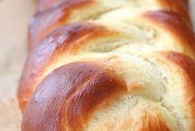 Bread / by Leniya Liche