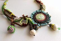 art fabric jewlery / fabrics