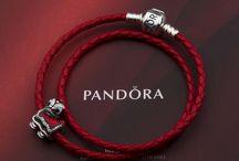 Best pandora charm bracelet / Showcase the best Pandora bracelet ideas pandora bracelets,pandora charms,pandora collections,pandora bangle.