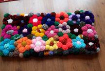 Pom pom rugs / Rugs made from pom pom