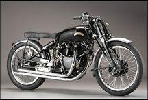 Vintage Motorcycle Bikers / by Bruno Bourdmone