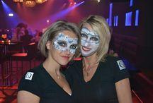 Events / Bar Lounge QB is bij uitstek de plek voor onvergetelijke feesten en evenementen en is voorzien van alle moderne faciliteiten. Door middel van LED-verlichting creëren wij een unieke sfeer, passend bij uw evenement, feest of bijeenkomst