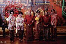 Real Wedding: Javanese Peranakan Sari & Eko Tugu Kuntskring Paleis