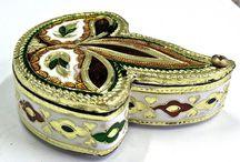 Handicrafts & Gifts