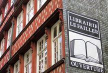 """Librairies partenaires / Album photo non exhaustif des librairies ayant un rayon """"grands caractères"""" et où il est donc  possible de trouver nos nouveautés."""