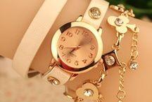 anéis,pulseiras...
