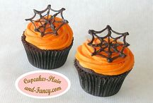 Halloween Cupcakes / by Fancy Fondant Cakes by Emily Lindley