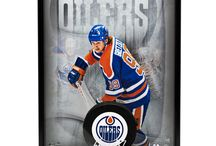 Sports Memorabilia- Hockey / Autographed Pictures, Jerseys, Sticks, Pucks & more from Upper Deck EXCLUSIVE spokesmen Wayne Gretzky and other hockey greats