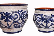Hand painted Spanish garden pots / I find Spanish hand painted pots beautiful.  They are a joy to see in the garden, on the patio or in the home.