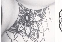 Tatuaje de esternón