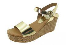 Sandalias planas para mujeres / Aquí podrás encontrar muchos modelos de sandalias planas o sin tacón para mujeres gorditas y para mujeres delgadas.
