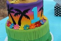 Birthday Cakes / by Tammy Deviney-Roden