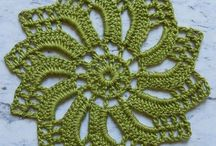 tapetes croche en verde.