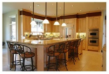 Kitchens / by Kelly Castell Chance