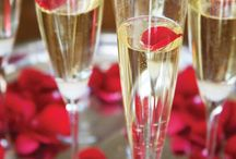 Weddings: Cocktail Hour/Dinner / by Christina Davison