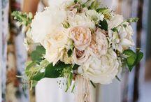 Menyaszonyi csokor • Bouquets