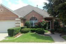 4537 Tacoma Ter, Fort Worth, TX 76123 / FORMER DR HORTON MODEL HOME!*CORNER HOME SITE NEAR COMMUNITY POOL AND ELEMENTARY*FAMILY ROOM IS GREAT FOR ENTERTAINING WITH WITH ALL TILE FLOORING AND SURROUND SOUND*FLEX ROOM COULD BE A STUDY, SITTING OR DINING ROOM*LARGE KITCHEN HAS GAS COOKTOP, GIANT CENTER ISLAND AND OVER-SIZED NOOK!*ENJOY SUMMER COOK OUTS AND FUN TIMES IN YOUR BACK YARD*MATURE TREES ABOUND*ELEGANT IRON AND WOOD FENCING*GARAGE IS EXTRA DEEP!*THIS HOME IS IN GREAT SHAPE*HURRY!