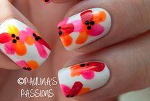 Nails to make my soul happy! / Funny nail patterns  / by Clara Ortega