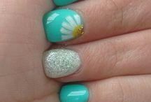 Maia nails