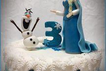 Eisköngin Elsa und Olaf Torten