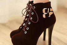 Zapatos y Botas ♡