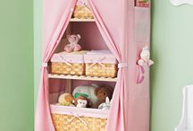 Girls room storge