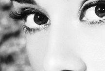 Audrey Hepburn and James Dean