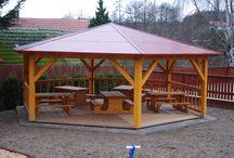 Zahradní altán / Altány jsou ideální pro příjemné posezení nejen ve školkách a školách.