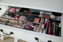 Makeup storage & tools