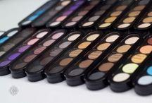 Catherina Make-up Blog » Tutto su Make-up, Trucchi, Matrimoni e Bellezza! / Qui sto presentando la mia esperienza di Make-up Artist a Modena, i miei consigli, i prodotti che uso, tanti notizie sul mondo di Trucco Sposa. Seguite ,allora, come si svolge la mia attivita per Matrimoni e non vedo ora di conoscere le vostre opinioni!