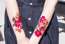 Floral Tatoos / A collection of stunning and beautiful floral tattoo art!