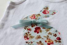 Aplicação de tecido em roupa