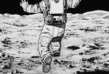 Theme: Astronaut