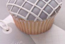 Cupcake Love / by DIY Bride